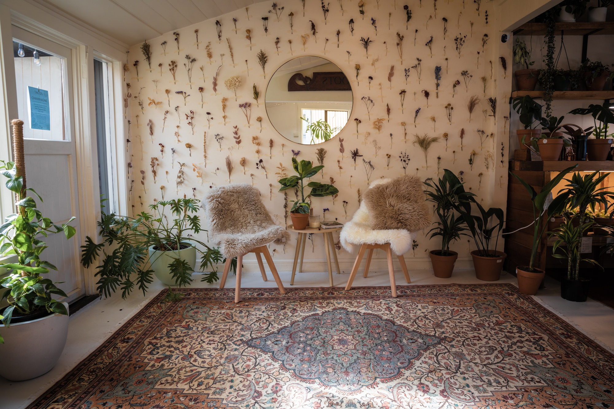 A peek inside NODE – responsible coziness with Revival Rugs